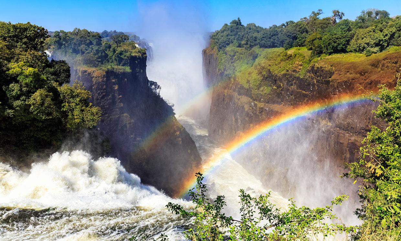 Cataratas Victoria, un espectáculo natural en el corazón de África