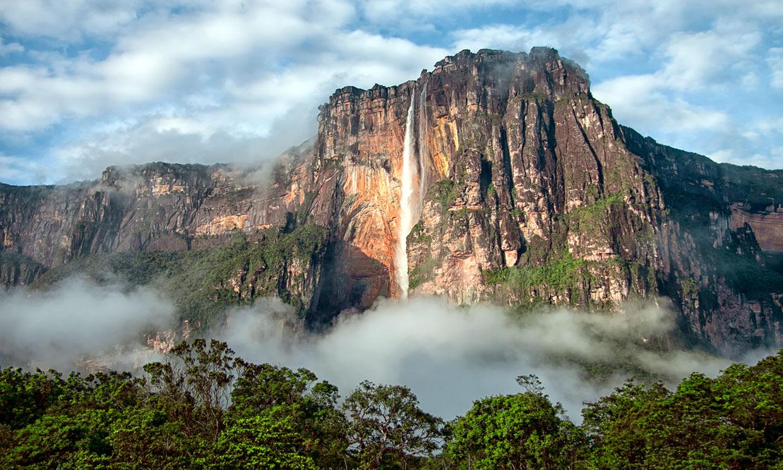 El Salto del Ángel, la catarata más alta del mundo tiene… ¡1 kilómetro!