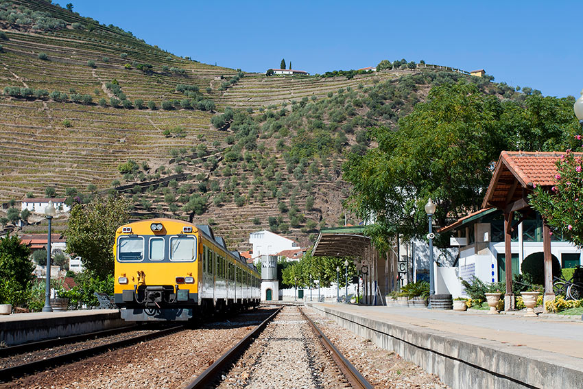 Pinhao-ESTACION-PORTUGAL