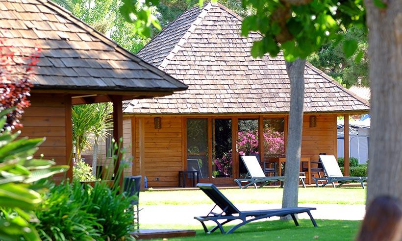 Una cabaña al más puro estilo Bora Bora en el Mediterráneo más cercano