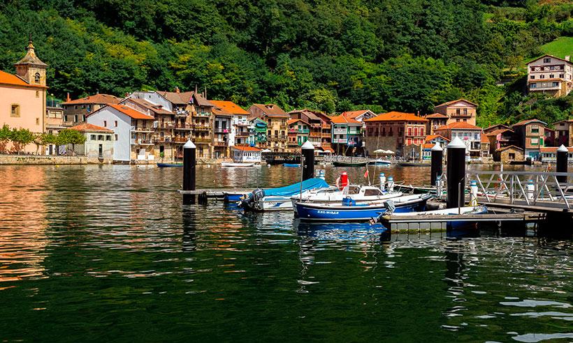 El camino más panorámico de San Sebastián lleva a Pasaia, un pueblo de postal
