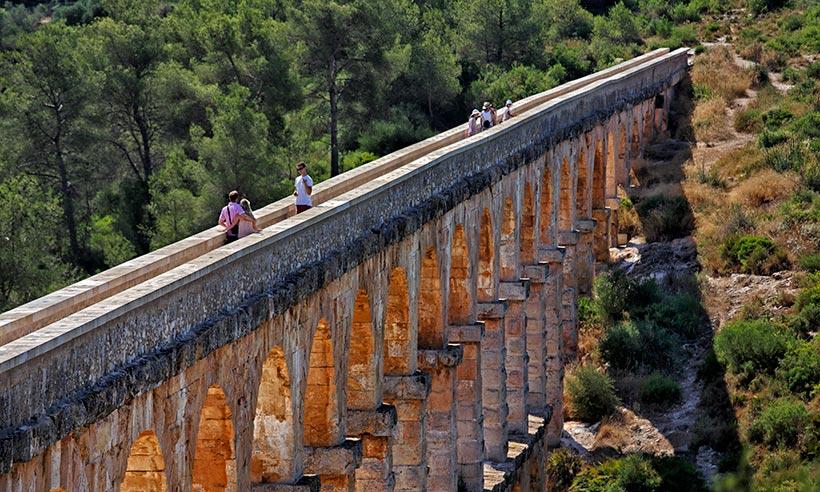 Road trip «a la romana» por la Via Augusta