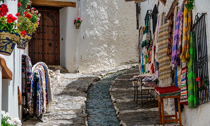Escapada a la Alpujarra granadina, la desconexión necesaria de la mano de Jesús Calleja