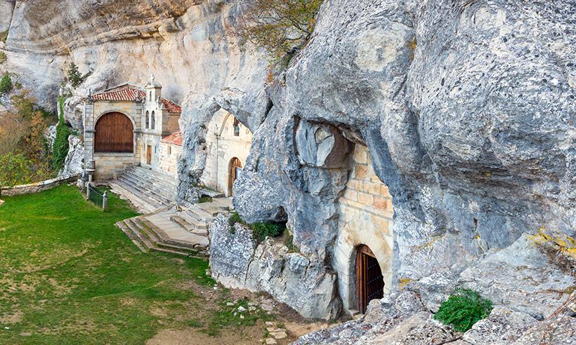 Cueva y ermita de ojo Guareña, el mejor descubrimiento en Burgos
