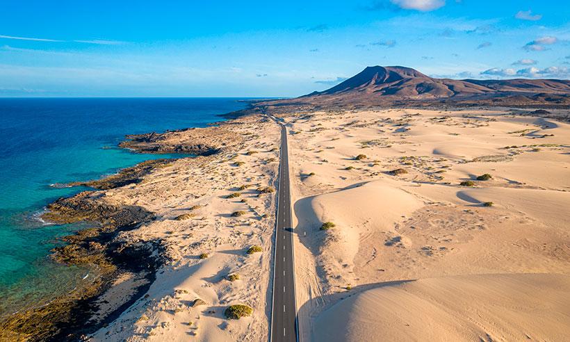Ruta en coche por Fuerteventura, la isla de las playas paradisíacas y mucho más