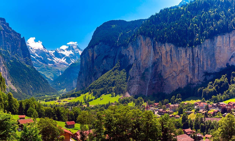 De cascada en cascada por el valle más bello de los Alpes suizos