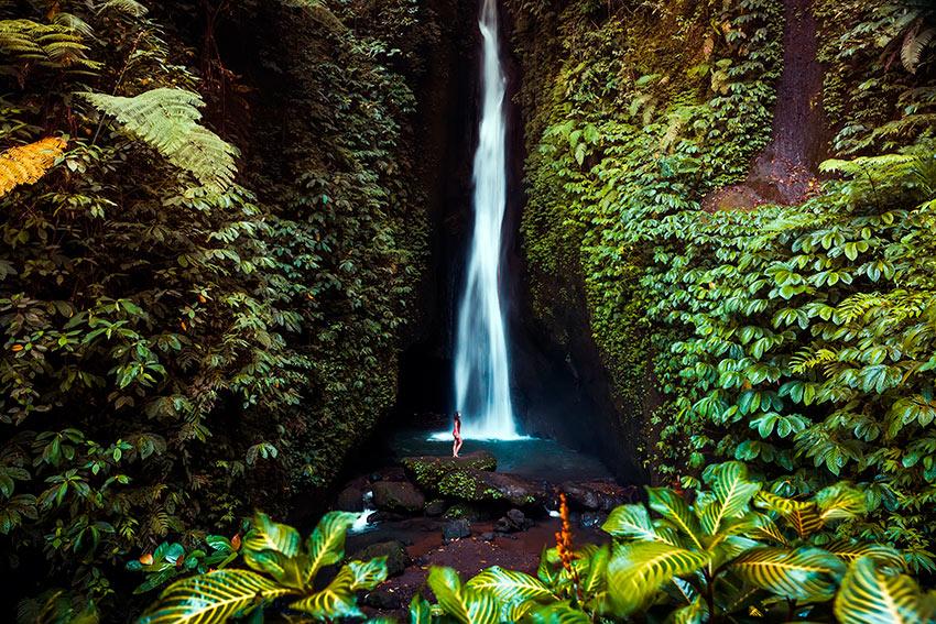 La increíble cascada Leke Leke, ¿sabes dónde está?