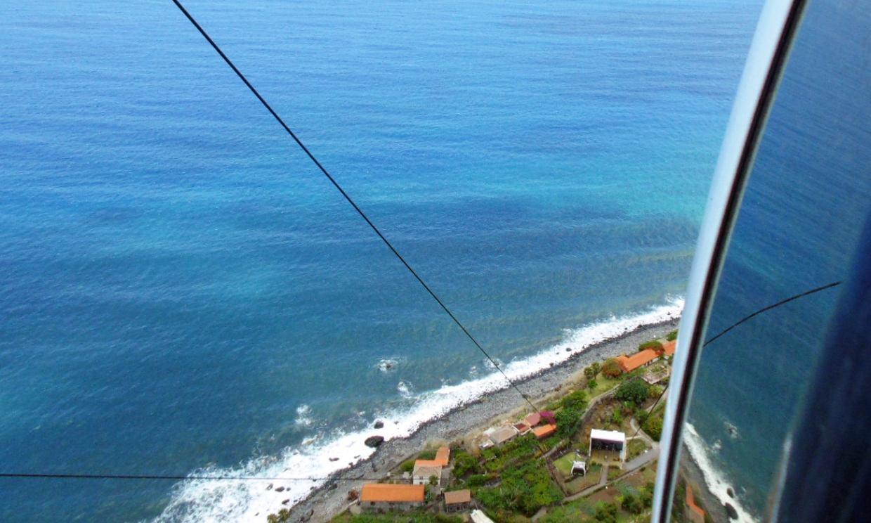 ¿A la playa en funicular? Sí, en Madeira