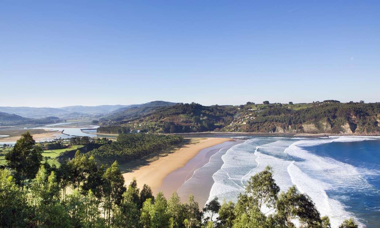 Diez playas del Cantábrico con bandera azul, insuperables