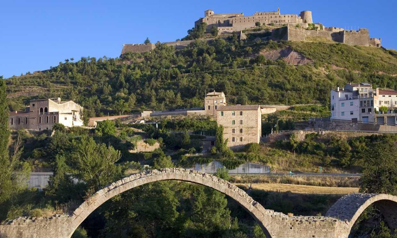 Viaje a la Edad Media en Cardona, un pueblo con mucho encanto