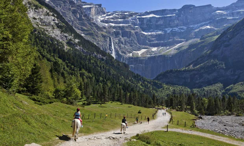 Por los Pirineos franceses en busca de la cascada más alta de Europa