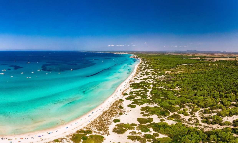 La última playa virgen (y la más salada) de Mallorca se llama Es Trenc