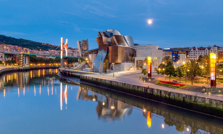 Desde Santurce a Bilbao por la orilla de la ría, como dice la canción