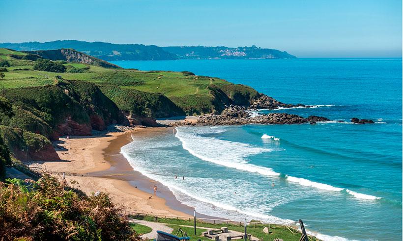 Caravia y La Isla: dos paraísos diminutos en Asturias encajados entre el mar y las montañas
