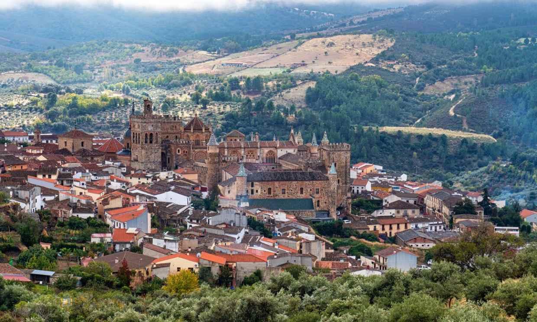 Guadalupe, el pueblo cacereño alrededor de un monasterio