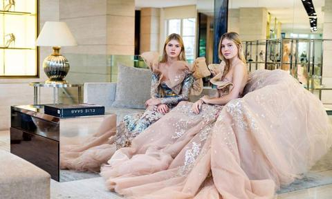 Julio Iglesias twins will debut at Paris Le bal