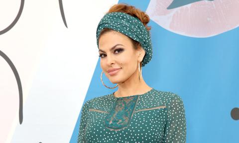Eva Mendes revealed she might be a suspicious Cuban tia (aunt) for Halloween