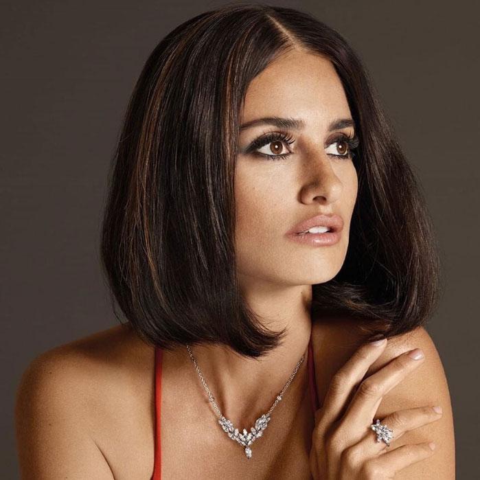 Penelope Cruz get trendy new bob hairstyle