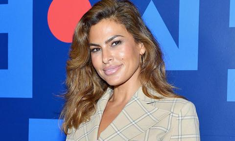 Proof Eva Mendes is an ageless beauty