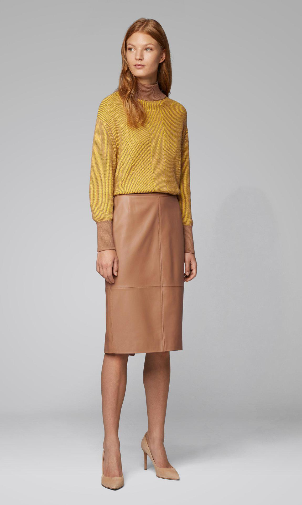 Regular fit- pencil skirt in lambskin de Hugo Boss