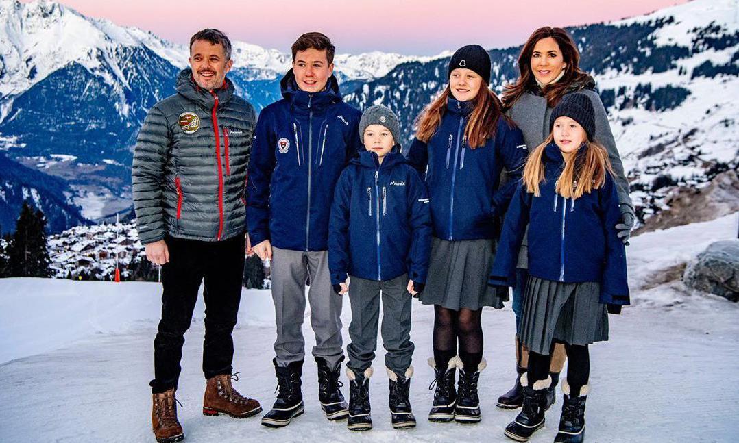 Znalezione obrazy dla zapytania: crown prince frederik family 2020