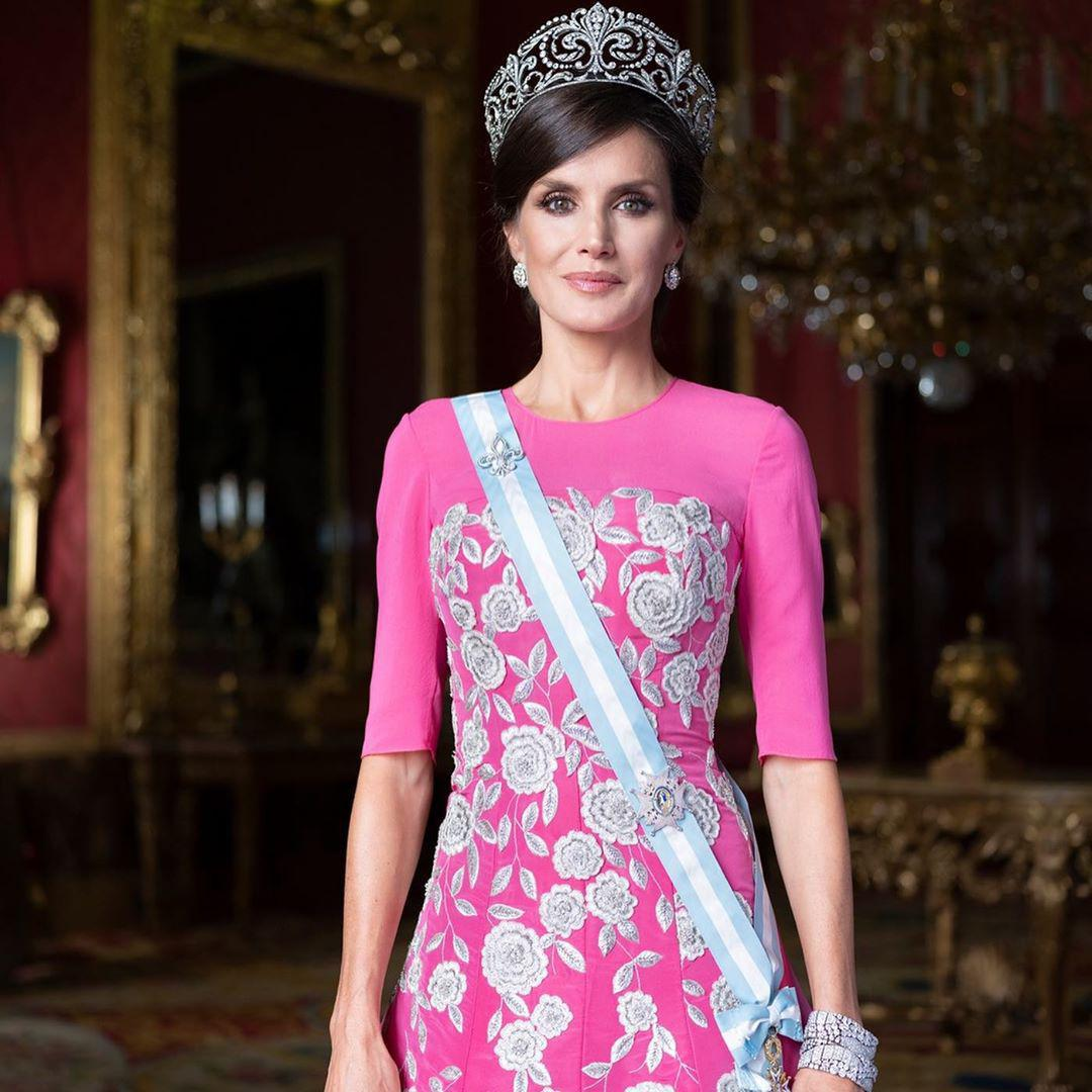 Spanish Royal family new official pictures Queen Letizia