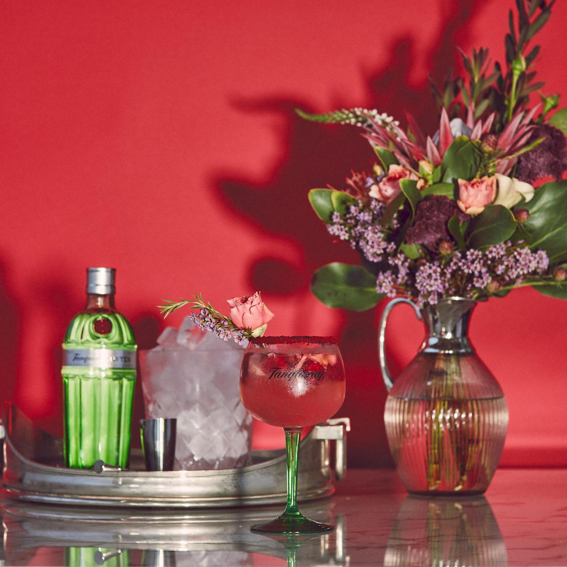 Tanqueray Rose Berry T&T