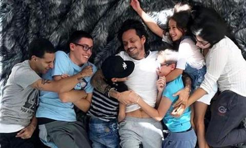 Marc Anthony with his children