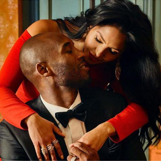 Kobe and Vanessa Bryant posing in romantic picture