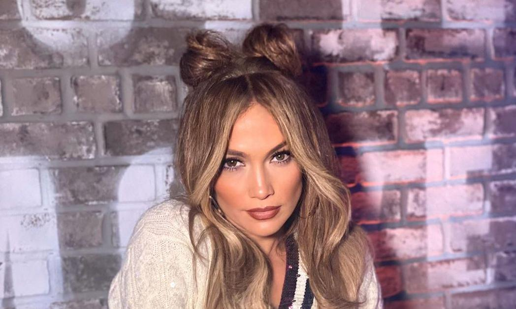 Prime Jennifer Lopezs Rocks Space Buns For World Of Dance Schematic Wiring Diagrams Phreekkolirunnerswayorg