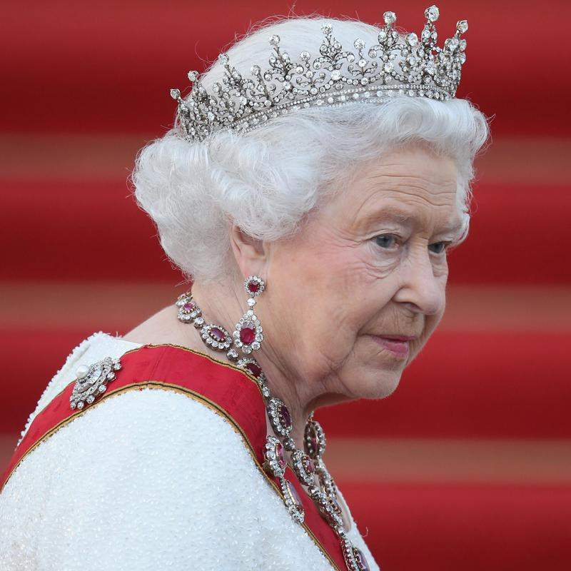 Queen Elizabeth to make rare TV broadcast
