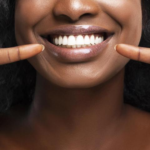 8 Teeth Whitening Pens For A Brighter Smile Photo 1