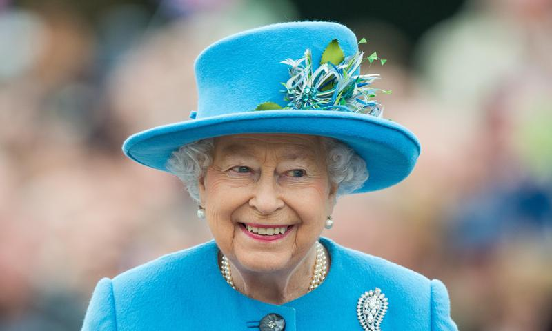 Queen Elizabeth steps back from all public duties and more news