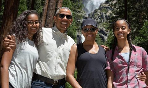 Sasha and Malia Obama with Michelle and Barack during visit to Yosemite Park