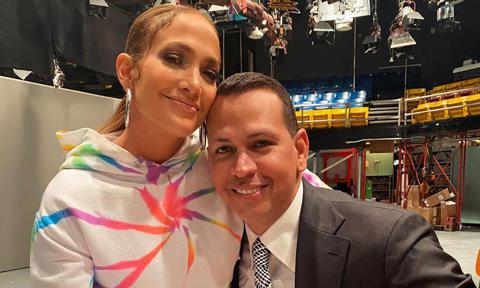 Jennifer Lopez and Alex Rodriguez posing together