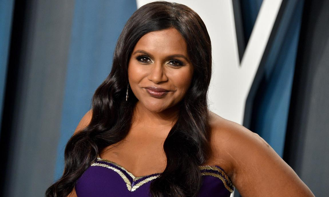 Mindy Kaling S Daughter Wore The Cutest Outfit In A Rare New Photo