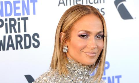 Jennifer Lopez invites fans to watch her 12th film, The Cell.