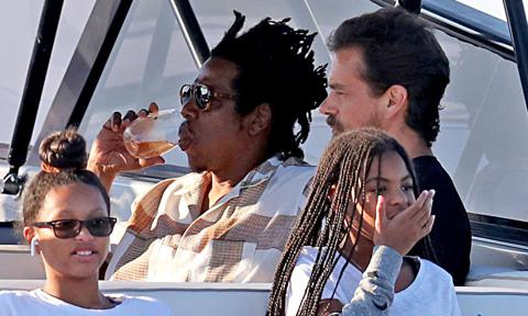 Beyonce, Jay-Z & Children Enjoy Hamptons Boat Ride with Twitter CEO Jack Dorsey