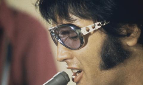 'Black Lives Matter,' 'Defund the Police' Painted on Elvis' Graceland