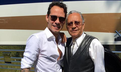 Marc Anthony junto a su padre