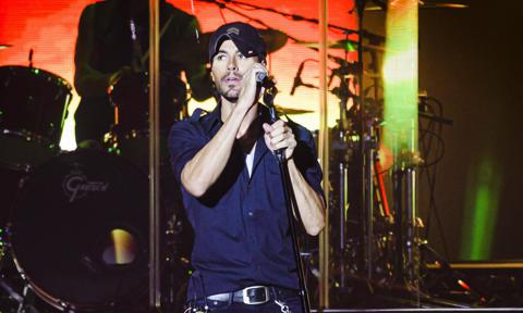Enrique Iglesias is crowned as Billboard's Top Latin Artist of All Time