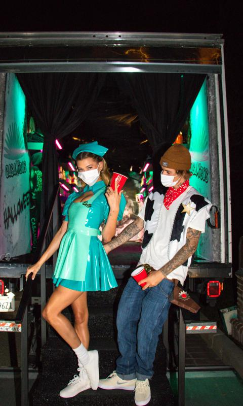 GEORGE CLOONEY, RANDE GERBER WE GOT YOUR HALLOWEEN SPIRITS ... Tequila, Anyone??? The-biebers