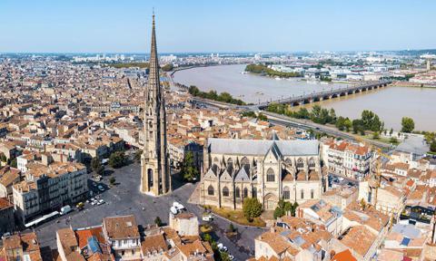 Vista panorámica aérea de Burdeos, Francia