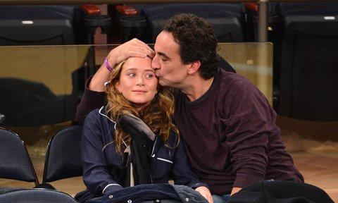 Mary-Kate Olsen strikes a divorce deal