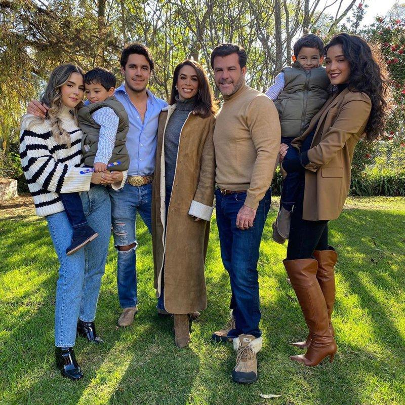 Biby Gaytán and her children