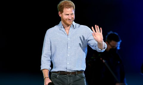 Prince Harry makes appearance at star-studded event in Los Angeles