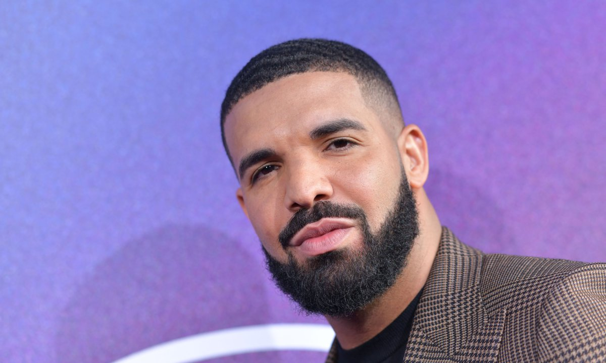 Drake is launching a line of scented candles to make 'your world so much better'