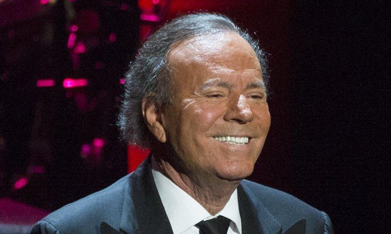 Julio Iglesias celebra su cumpleaños 78 con emotivo mensaje